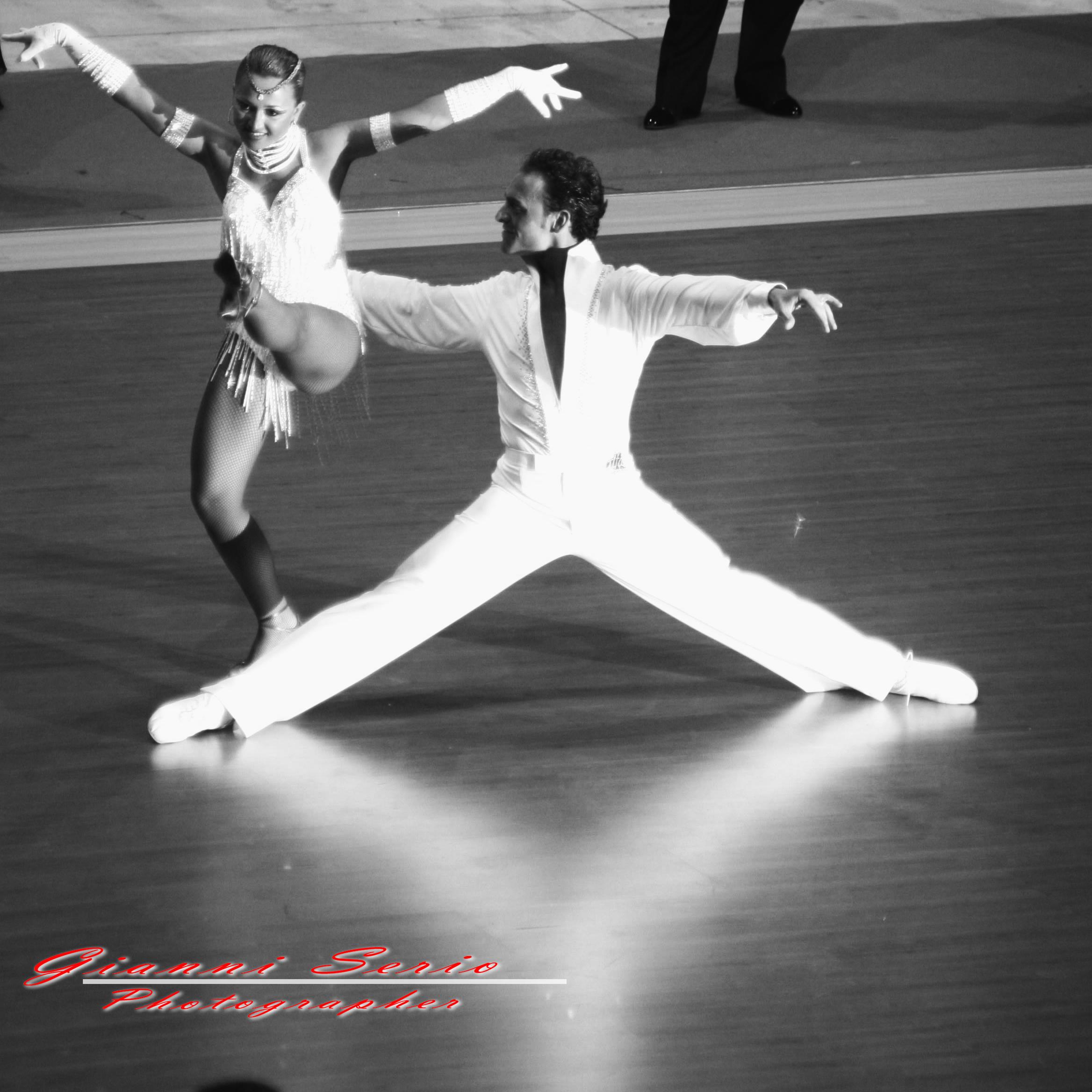 fotografo per saggi di danza e gare sportive di ballo